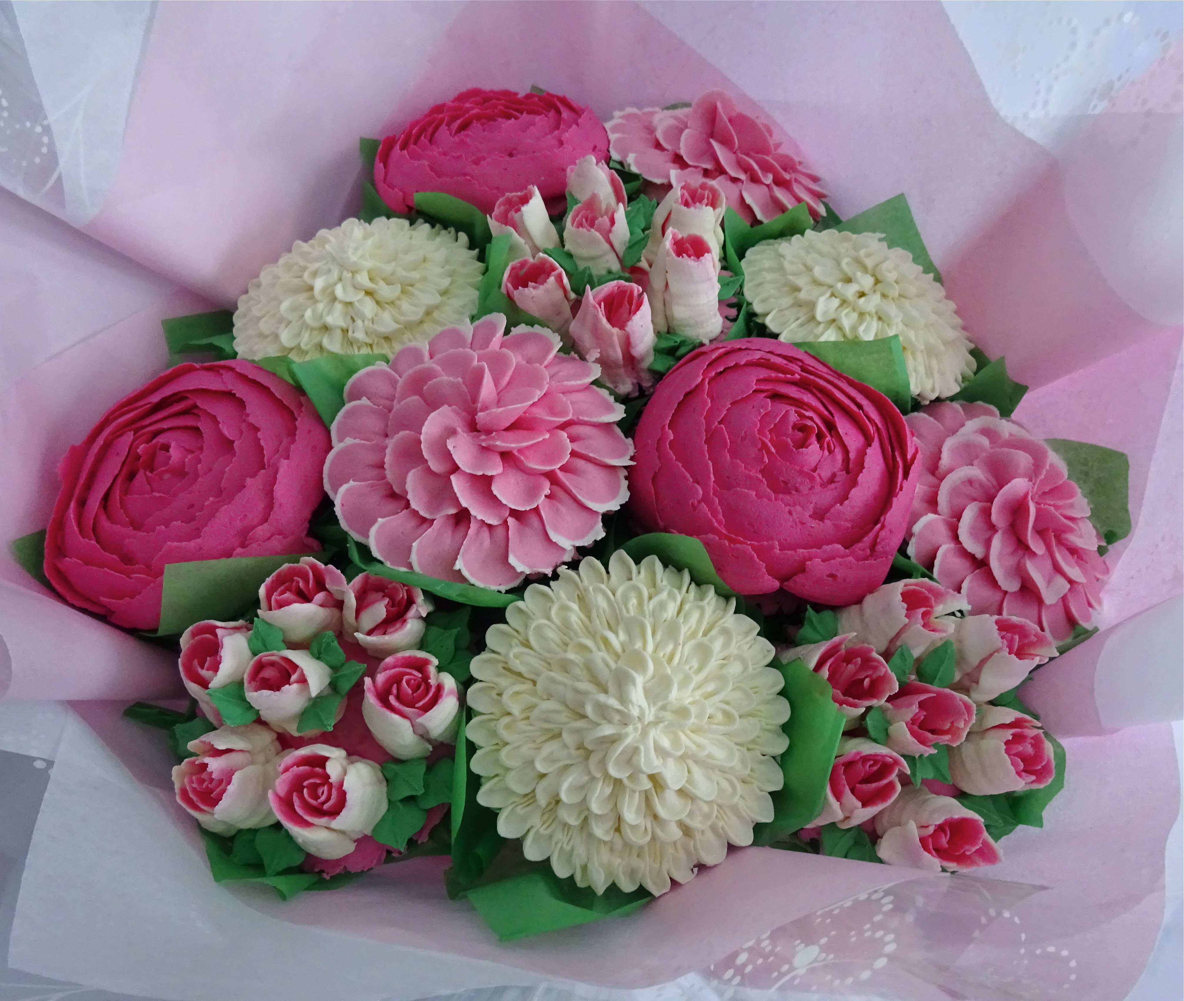 """Medium Bouquet in Pink and White"""