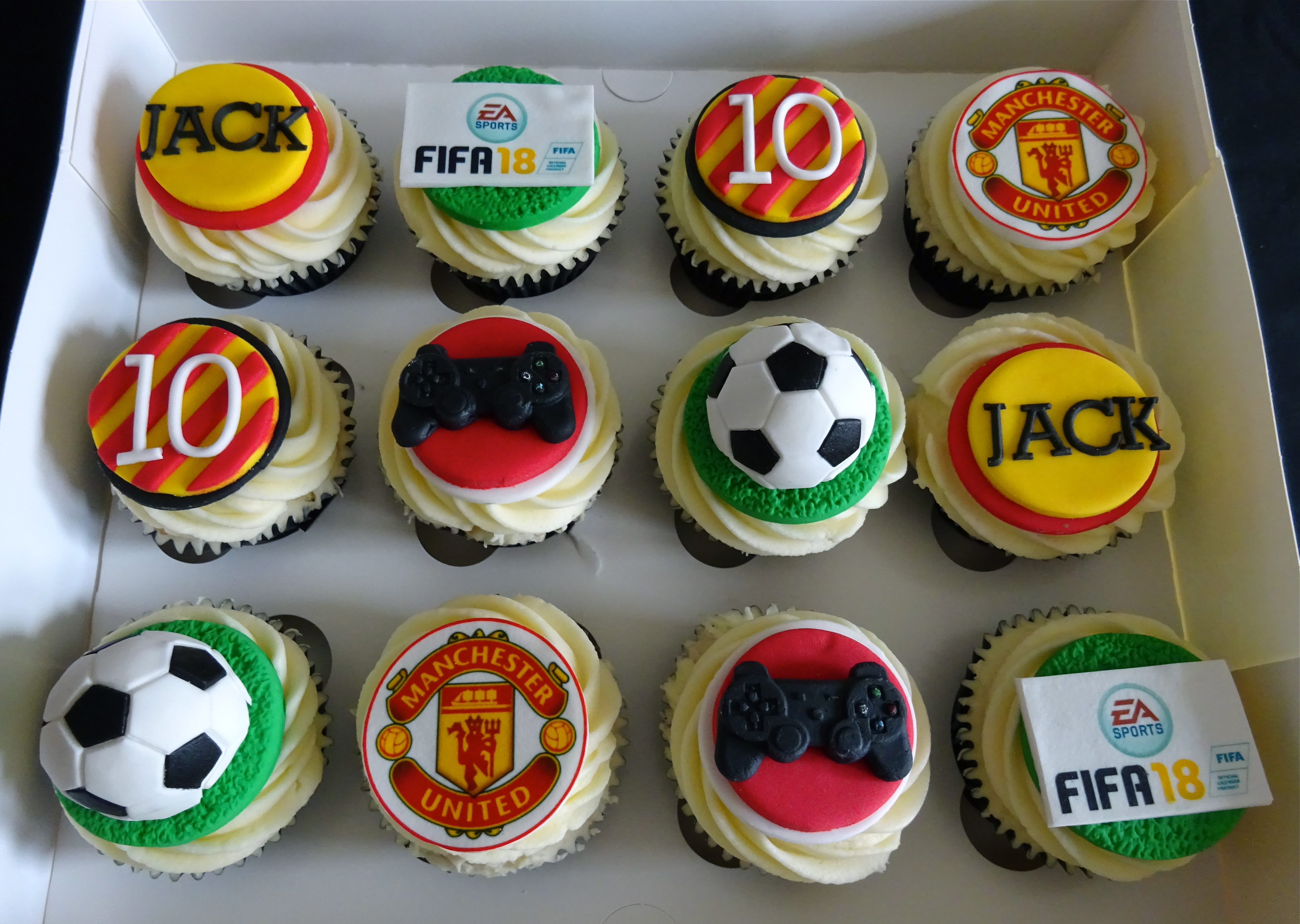 """Football & XBox Cupcakes"""