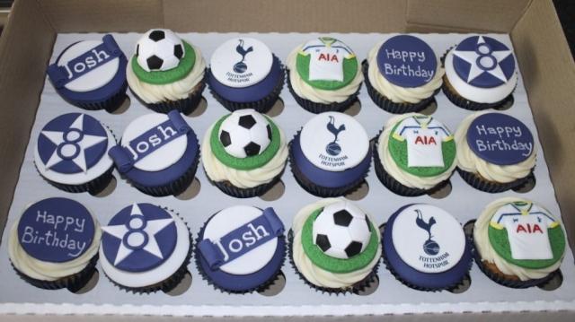 """Spurs Cupcakes"""