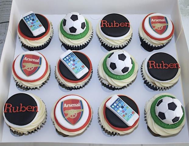"""Arsenal, iPhone, Footie Cupcakes"""