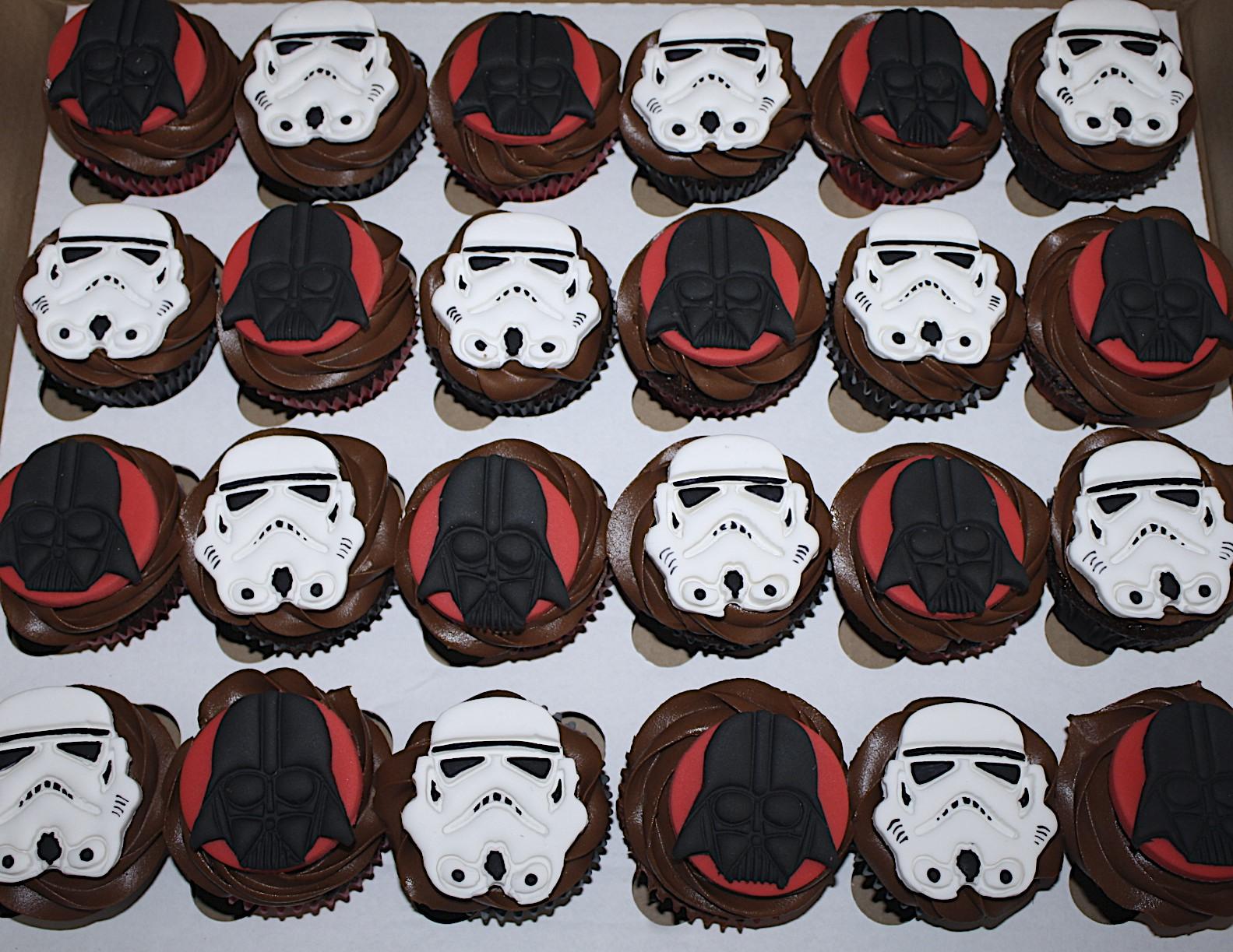 Storm Trouper & Darth Vadar Cupcakes