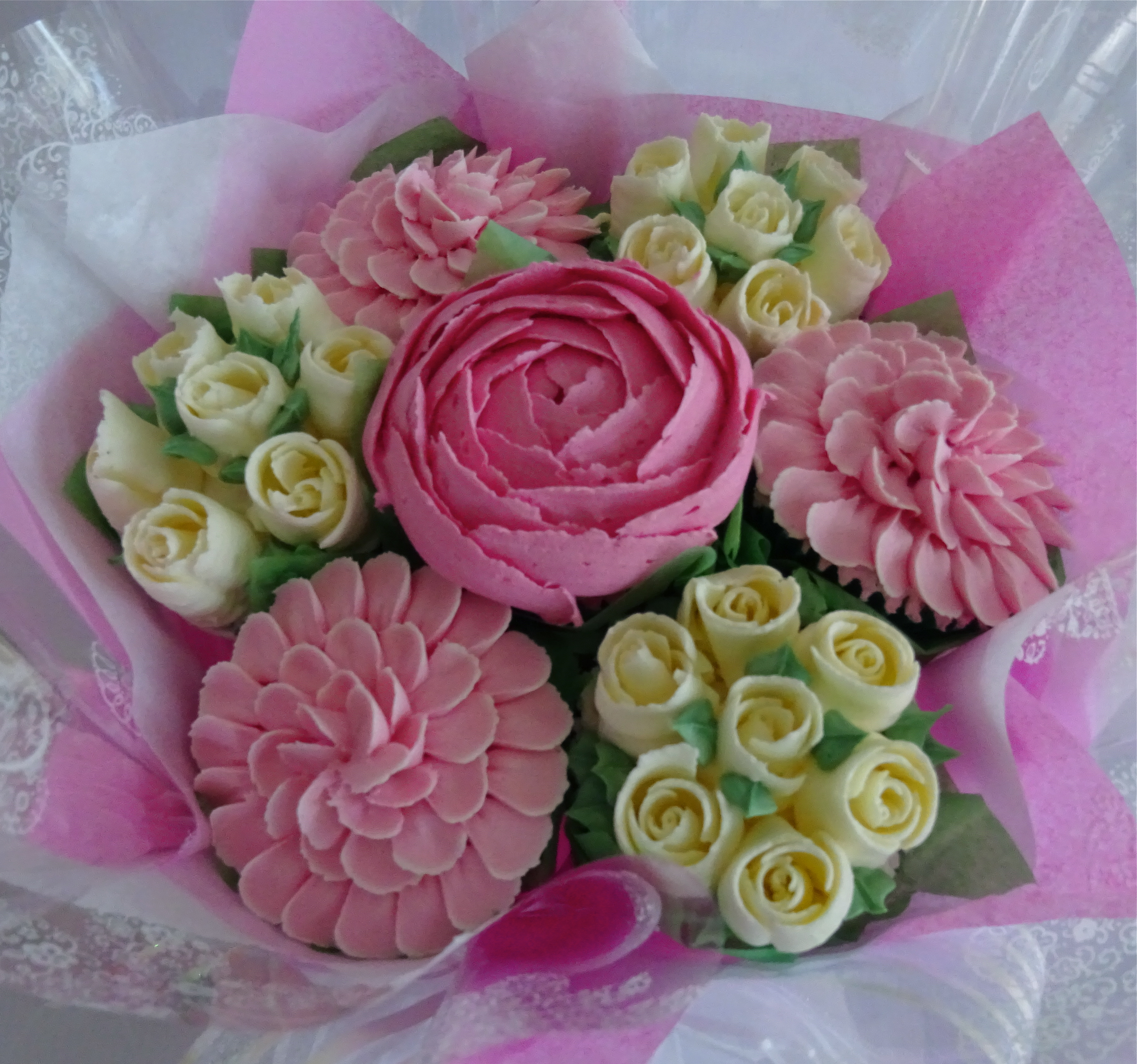 """Small Bouquet in Pink & White"""