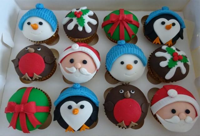 """""""Christmas Cupcakes"""""""