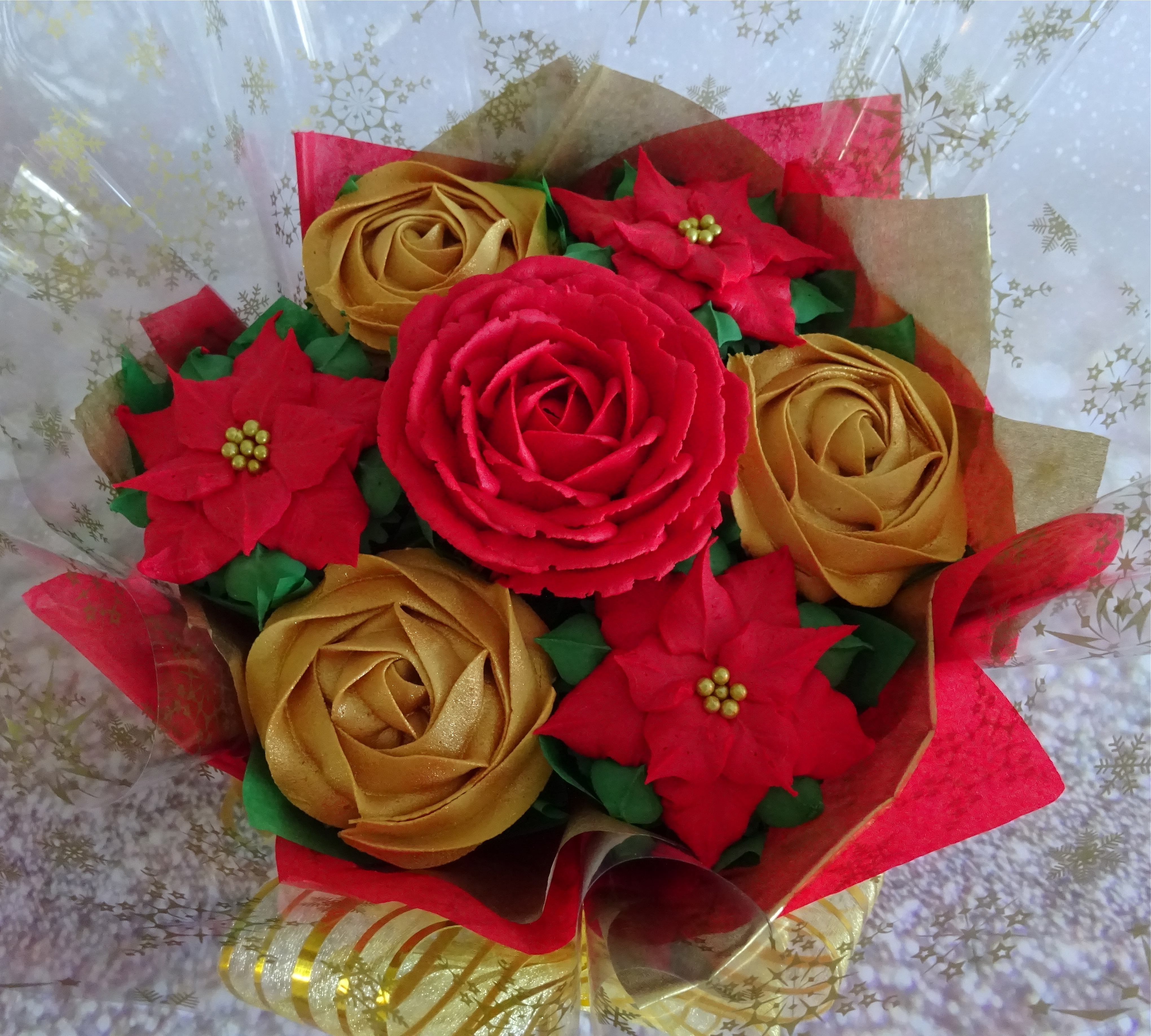 """""""Small Christmas Bouquet"""""""