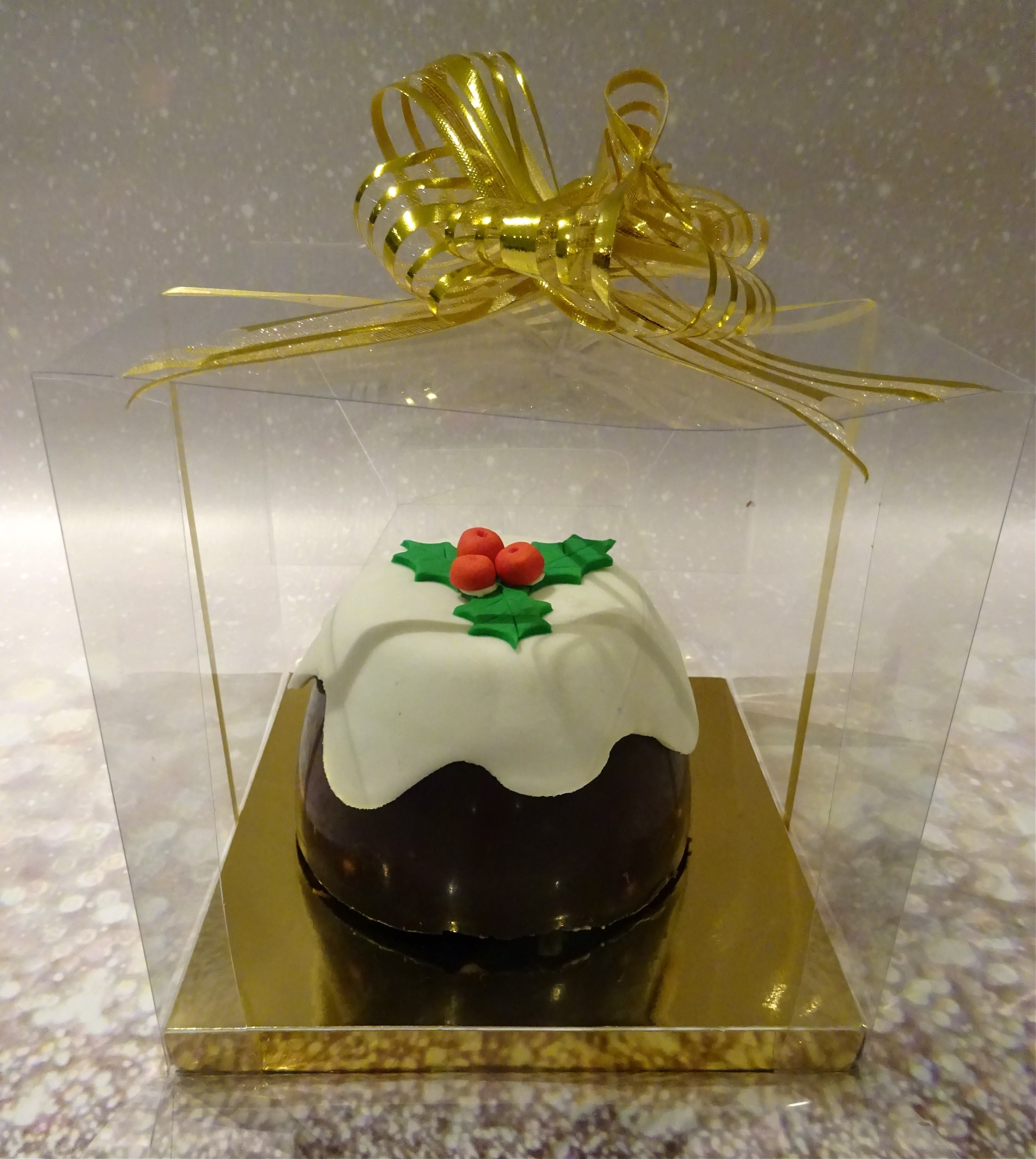 """""""Christmas Pudding Chocolate Biscuit Cake"""""""